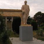 Gori, Stalin-Statue beim Stalin-Geburtshaus, 150, 150